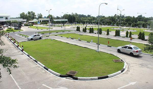 Học Lái Xe Ô Tô B2 Cấp Tốc Tại Quận Bình Tân