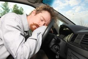 Đừng Lái Xe Ô Tô Khi Thấy Buồn Ngủ