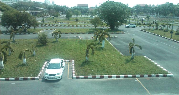 trường dạy lái xe ô tô tại quận Bình Tân