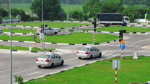Điều kiện thi bằng lái xe ô tô