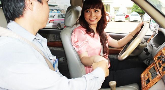 Học lái xe ô tô căn bản cho người mới bắt đầu