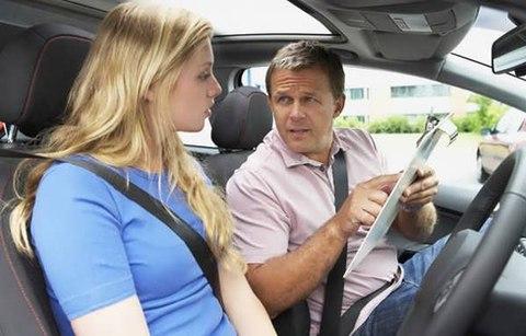 học lái xe ô tô B2 cơ bản