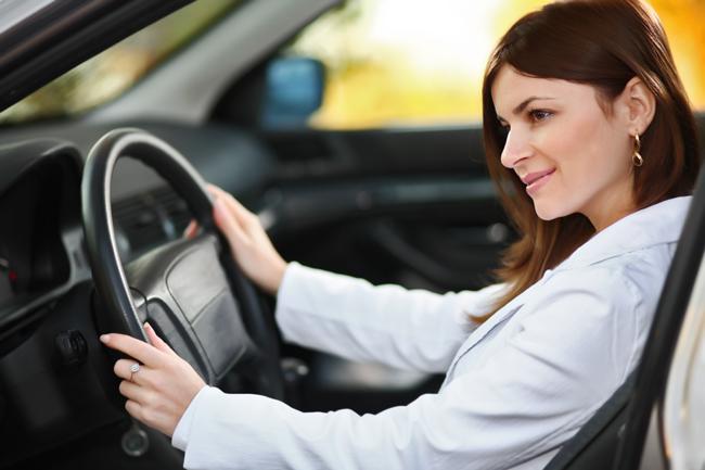Thi bằng lái xe ô tô có khó không?