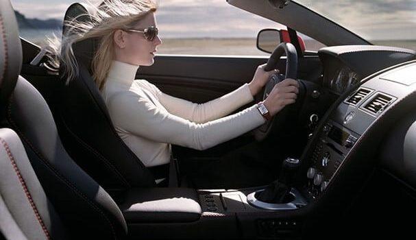 tư thế ngồi lái xe ô tô